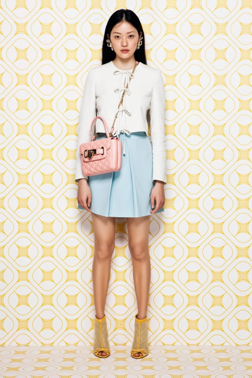 Moschino cheap and chic Resort 14
