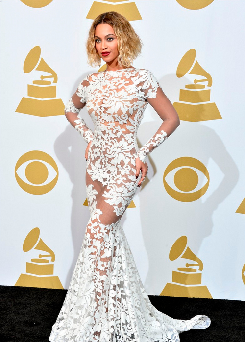 beyonce arrives at the 2014 Grammys Awards